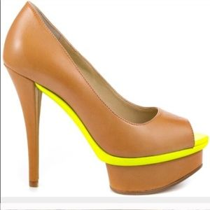 Boutique 9 Colorblock Heel